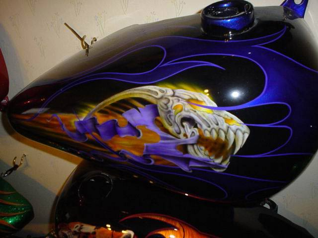 custom airbrush paint skull motorcycle design